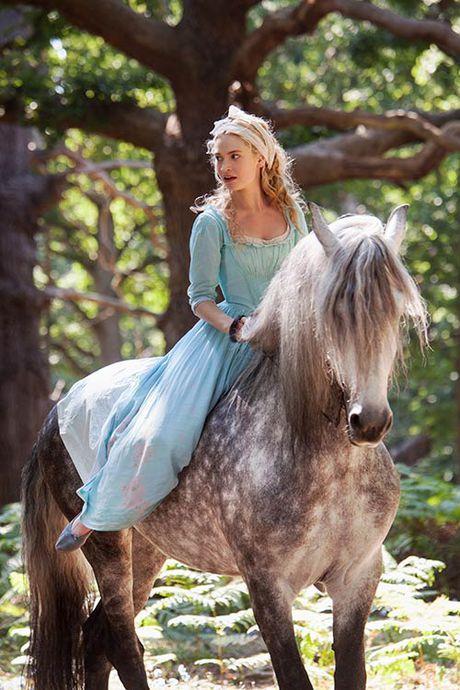 "Goc nhin khac ve nguoi me ke trong ""Cinderella"" - Anh 2"