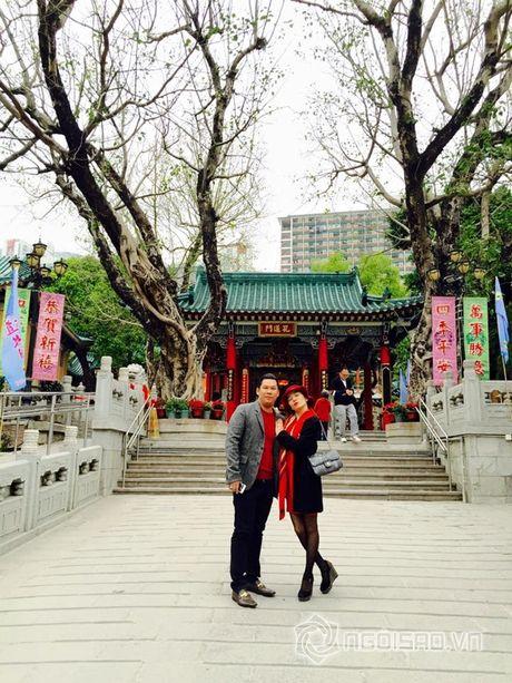 Vo chong Le Quyen vui ve di 'du hi' Hong Kong - Anh 3
