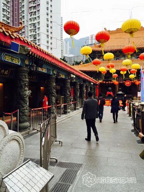 Vo chong Le Quyen vui ve di 'du hi' Hong Kong - Anh 7