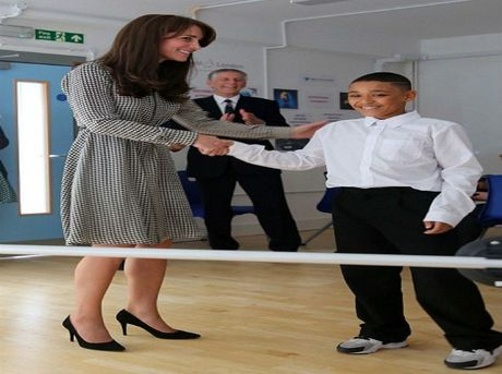 Cong nuong Middleton van dep sau khi sinh con - Anh 9