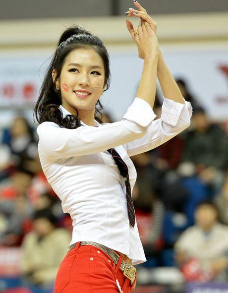 Ngat ngay ve dep cua nu co dong vien xu Han - Anh 6