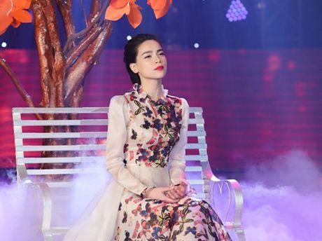 Ha Ho thon thuc hat ve tinh yeu bi phan boi - Anh 1