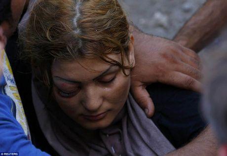 Di dan Syria, Afghanistan au da dam mau, tranh nhau len tau - Anh 6
