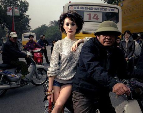 Nhung bo anh dat gia cua sao ngoai o Viet Nam - Anh 23