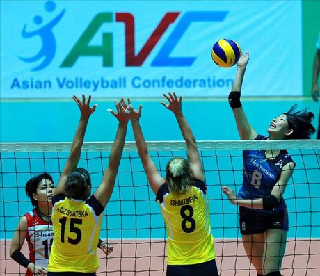 Hisamitsu Springs nuoi hy vong bao ve thanh cong chuc vo dich - Anh 1
