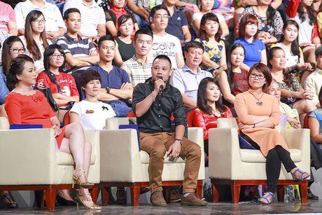Tung Duong gap su co truoc gio len san khau BHYT - Anh 5
