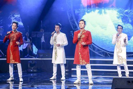 Tung Duong gap su co truoc gio len san khau BHYT - Anh 9
