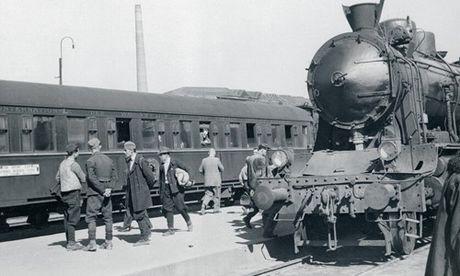 Soi tau tu nhan sang trong bac nhat TG nhung nam 1950 - Anh 7
