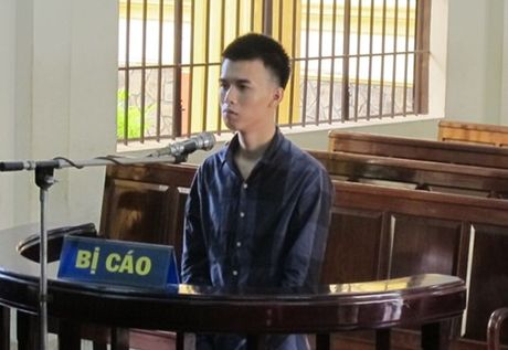"Ke tron na rut sung ""xu"" ban tron chung vi so cong an bat - Anh 1"