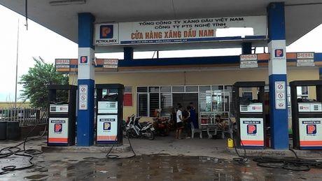 Nha xe cung cap tu lieu, to tieu cuc tai tram can Nghe An - Anh 1