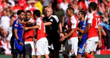 Tuong thuat Chelsea vs Arsenal 2-0: Phao tit ngoi - Anh 2