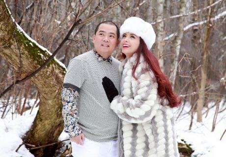 "Thuy Hanh phan phao the nao khi ong xa bi che la ""dua dam vo""? - Anh 1"