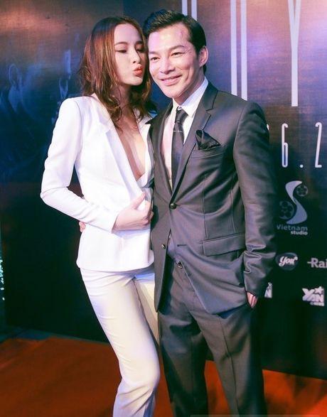 Angela Phuong Trinh am anh khi chon lua giua gia dinh va tinh yeu - Anh 3