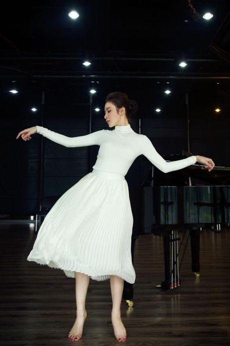 Angela Phuong Trinh am anh khi chon lua giua gia dinh va tinh yeu - Anh 4