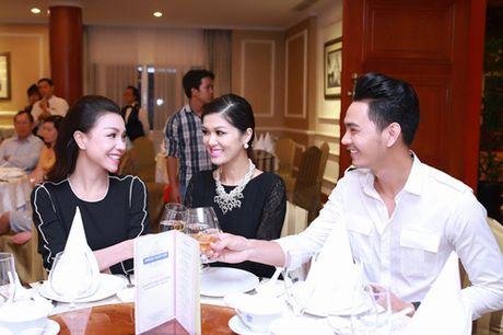 Huyen Ny do ve sanh dieu voi Tra Ngoc Hang - Anh 10