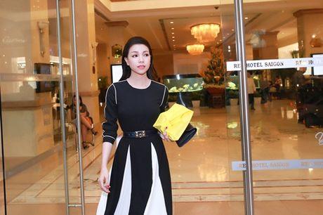 Huyen Ny do ve sanh dieu voi Tra Ngoc Hang - Anh 2