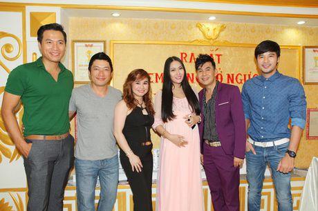 "Vo chong Phi Thanh Van hanh phuc sau nghi an ""bau gia"" - Anh 11"