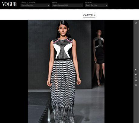 "Hoang Thuy tiep tuc ""cong pha"" san dien London Fashion Week - Anh 3"