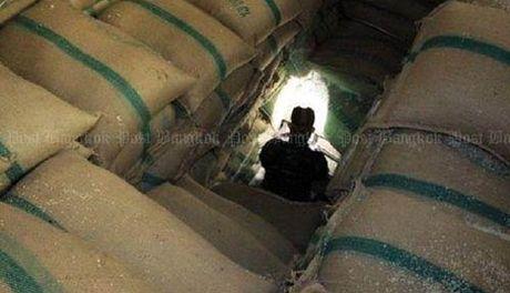 Cuu Thu tuong Yingluck Shinawatra phai boi thuong 510 ty baht - Anh 1