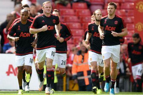 "MU: Rooney tro lai san sang ""nang buoc"" Martial - Anh 1"