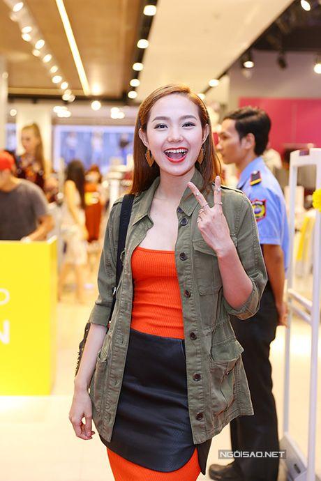 Minh Hang mac ca tinh di su kien - Anh 2