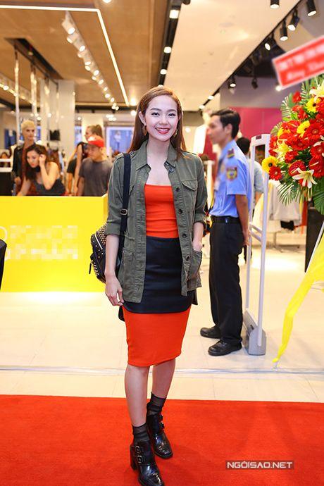 Minh Hang mac ca tinh di su kien - Anh 3