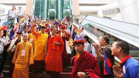 Hoat dong cua Duc Phap vuong Gyalwang Drukpa tai Viet Nam - Anh 1