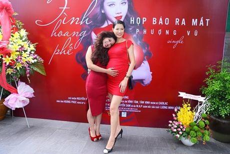 """Co gai """"vua an, vua hat"""" duoc Dam Vinh Hung do dau ra mat single dau tay - Anh 1"""