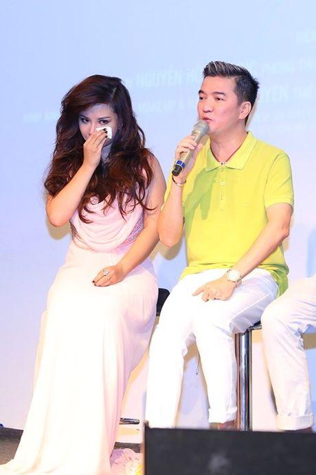 """Co gai """"vua an, vua hat"""" duoc Dam Vinh Hung do dau ra mat single dau tay - Anh 7"""