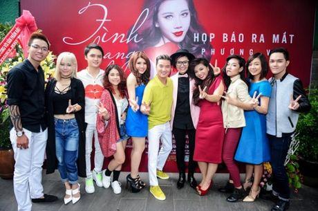 Dam Vinh Hung bat hoc tro dot vay cuoi - Anh 1