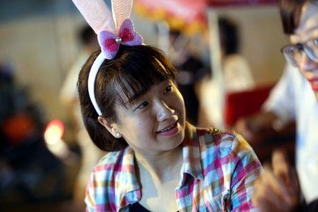 Hot girl di cho trung thu Hang Ma - Anh 12