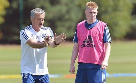 "Kevin De Bruyne cay cu ""ke toi"" Mourinho - Anh 1"