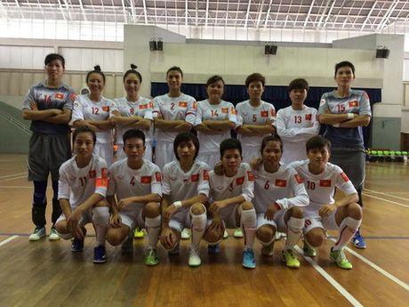 Futsal nu Viet Nam lai thang Malaysia - Anh 1