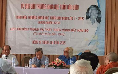 Giai thuong Tran Van Giau: Lai suat tu 1.000 luong vang luon mong... co nguoi nhan - Anh 2