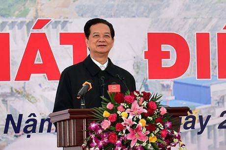 Thuy dien Lai Chau bat dau phat dien - Anh 1