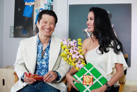 Minh Hang - Quy Binh tinh cam trong bo anh don Tet - Anh 7