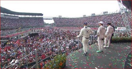 Formula 1: Coi la yeu luon! - Anh 3