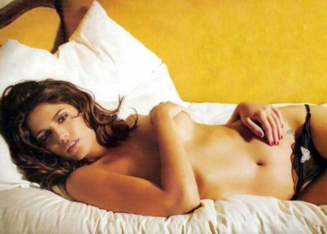 Cecilia Bonelli – doa hong nong bong xu Tango - Anh 1