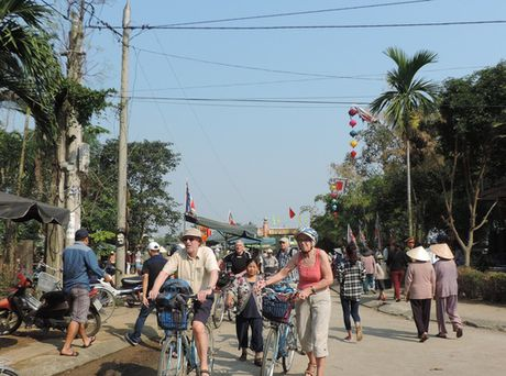 Hao hung voi le gio To nghe moc Kim Bong, Hoi An - Anh 7