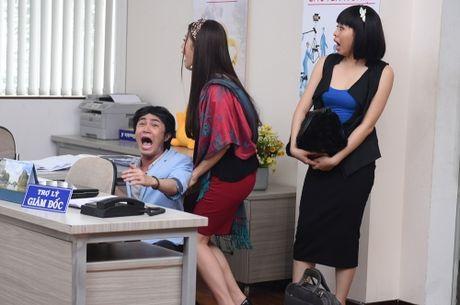 Chet cuoi voi hau truong 'sieu nhang nhit' cua phim hai Tam cong so - Anh 2