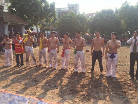 Doc dao le hoi vat cau lang Thuy Linh - Anh 12