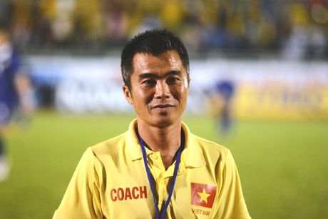 Ha Noi T&T chia tay HLV truong truoc ngay khai mac V.League - Anh 2