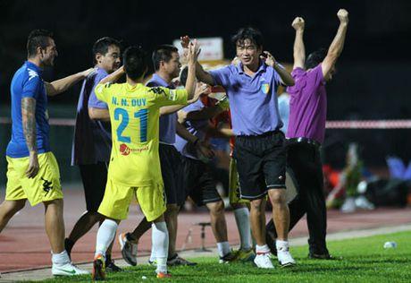 Dot ngot chia tay Phan Thanh Hung, HN.T&T dung thay tre - Anh 1