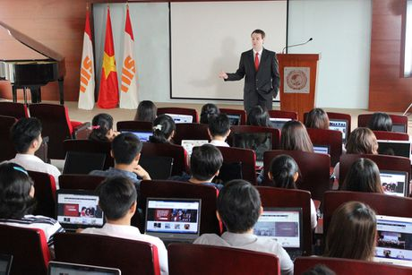 Hoc MBA chuan Hoa Ky tai SIU - Lua chon cua cac nha lanh dao tuong lai - Anh 2