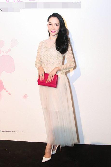 Linh Nga, Lan Khue do sac voc nuot na trong cung su kien - Anh 2