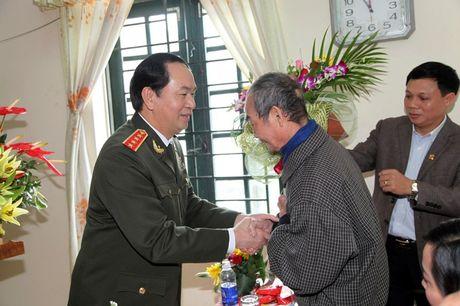 Thay cua Chu tich nuoc Tran Dai Quang tu hao ke chuyen tro cu - Anh 1