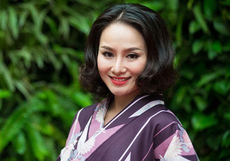 Ca si Thu Phuong rang ro ben con gai - Anh 1