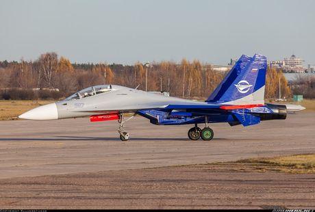 Kinh di canh tiem kich Su-30 bay sat sat mat dat - Anh 5