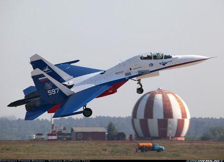 Kinh di canh tiem kich Su-30 bay sat sat mat dat - Anh 7