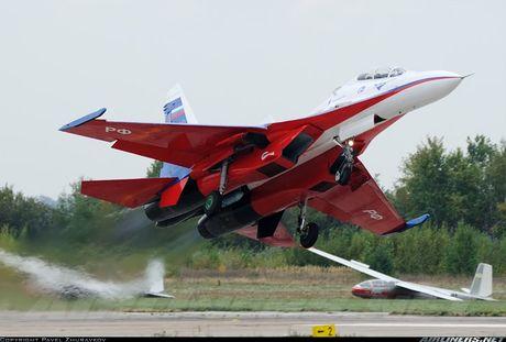 Kinh di canh tiem kich Su-30 bay sat sat mat dat - Anh 8
